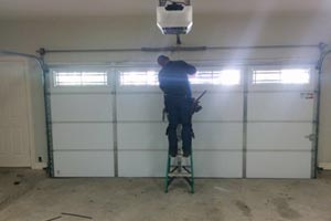 emergency garage door repair in Ashgrove