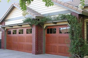 best residential garage door in Berry Creek